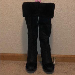 ShoeDazzle Faux Fur Wedge Winter Boots